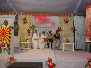 BK Brij Didi at Centre with all guests