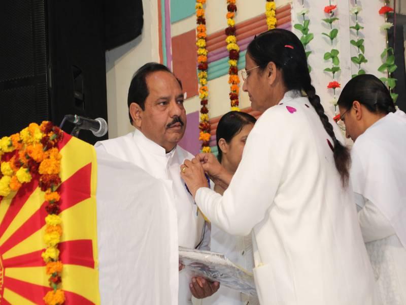 Stage Secretary : BK Sampuran Bhai ji